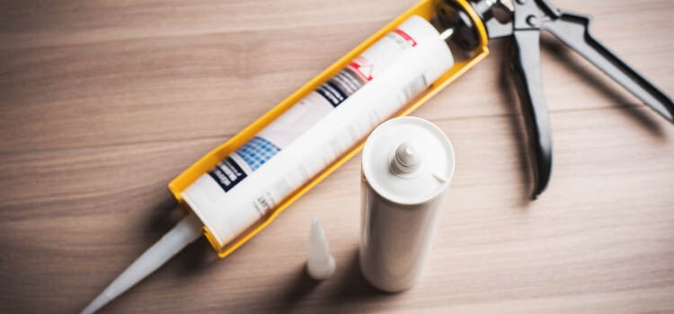 Caulk for Gutters Buying Guide